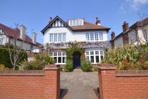 5 bedroom Detached house for sale in New Malden
