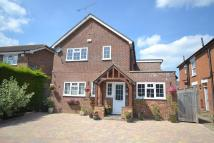 4 bed Detached house in Ottershaw