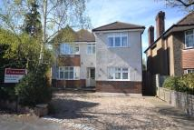 4 bed Detached home for sale in Chertsey