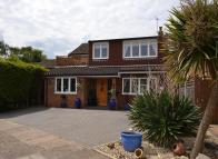 4 bed Detached house in Laleham