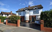 7 bed Detached property for sale in Staines