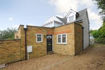 2 bed Detached house for sale in Strawberry Hill