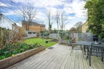 5 bed semi detached house in Teddington