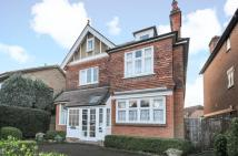 6 bed Detached house in Walton on Thames