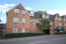 2 bed Flat in Byfleet Village