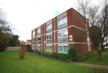 2 bed Flat for sale in West Byfleet