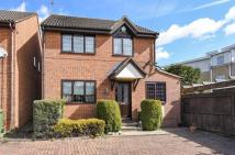 4 bed Detached home to rent in Addlestone