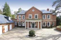 6 bed Detached property in St Georges Hill