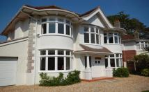 5 bed property in Mountbatten Road...