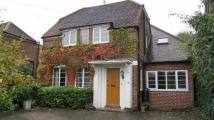 5 bedroom Detached house in Town centre