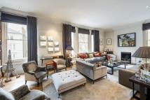 3 bedroom Apartment in The Little Boltons, SW10