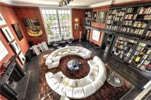 4 bed Penthouse for sale in Lansdowne House, W11