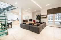 3 bed Mews for sale in Hesper Mews, SW5