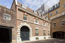 3 bed home in Dukes Mews, London, W1