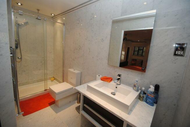 Bedroom One Ensuite