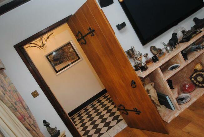 Lounge Door