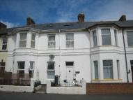 Flat to rent in Victoria Road, Exmouth...