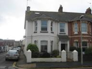 2 bedroom Flat in Victoria Road, Exmouth...