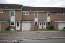 3 bed home in Meadow View Road...