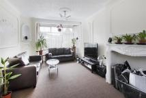 3 bedroom semi detached home to rent in Bushey Road...