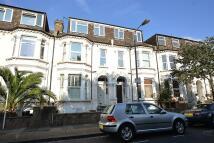 1 bedroom Flat to rent in Ravenslea Road, London