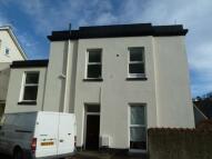 2 bed Flat to rent in Warren Road, Torquay...