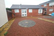 Bungalow to rent in Bridle Close, Hookhills...