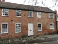 3 bed semi detached property to rent in Court Row...