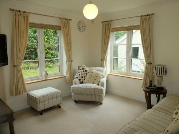 Living Room / Bedroo