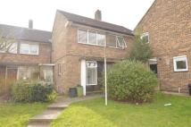 4 bed semi detached home in Stourhead Close, London