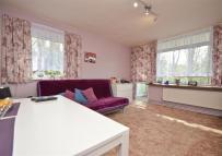 2 bed Apartment for sale in Longmoor Point...