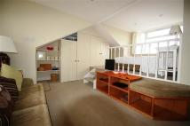 Studio apartment to rent in Oakhill Road, Putney