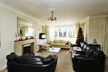 3 bed Apartment in Highlands Heath, Putney