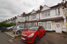 2 bedroom Apartment to rent in Elm Road, New Malden