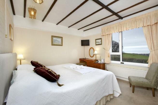 Dbl Bedroom (4)