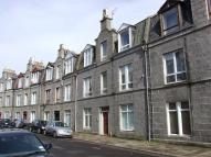 1 bedroom Flat in Wallfield Place...