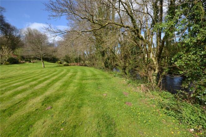 Garden & River