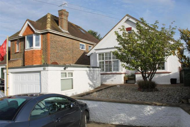 4 Bedroom Detached Bungalow For Sale In Mayo Lane Bexhill