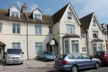 Eversley Road Flat to rent