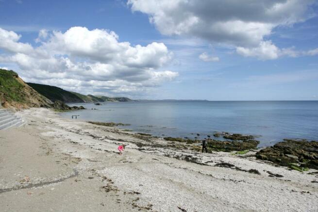 Plaidy Beach