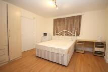 Studio apartment in Kings Road, Rayners Lane...