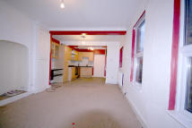 2 bed Maisonette to rent in Spencer Road...