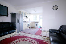 6 bed semi detached home in Chantry Road...