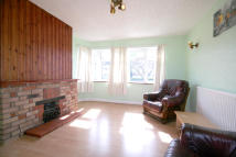 2 bed Ground Flat to rent in Kenton Lane, Kenton...