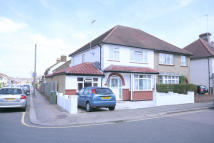 5 bed semi detached house for sale in BROWNLOW ROAD...