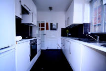 Studio apartment to rent in BROADFIELDS, Harrow, HA2
