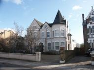 2 bed Flat to rent in Castelnau, BARNES  SW13