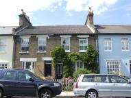 2 bed Cottage in Thorne Street...