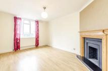 2 bedroom Flat to rent in Chaseville Parade...