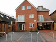 1 bed Flat to rent in Leicester Road, Barnet...